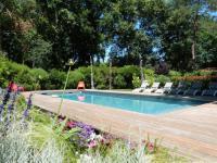 gite Bordeaux Cadaujac Villa Sleeps 6 Pool WiFi