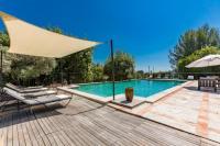 gite Marseille 13e Arrondissement propriété avec piscine au coeur des vignes de Cassis