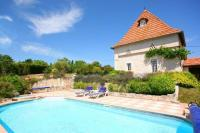 gite Donnazac Castelnau-de-Levis Villa Sleeps 2 Pool Air Con WiFi