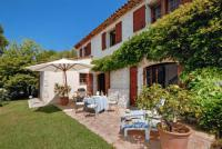 gite Briançonnet Chateauneuf-Grasse Villa Sleeps 8 Pool WiFi