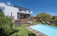gite Olivese Jolie villa vue mer et piscine à 3 km des plages - GRANAJOLO