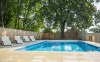 gite Coulonges Dompierre-les-Eglises Villa Sleeps 8 Pool WiFi