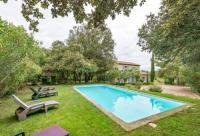 gite Mouriès ACCENT IMMOBILIER - Mas d'Elie piscine vue alpilles