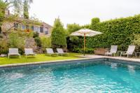 gite Lamanon Eygalieres Villa Sleeps 10 with Pool Air Con and WiFi