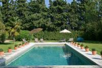 gite Lambesc Eygalieres Villa Sleeps 6 Pool WiFi
