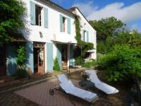 gite Margueron Maison Familiale au bord de la Dordogne