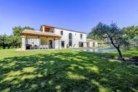 gite Saint Rémy de Provence Villa de prestige 10 personnes à Eyragues