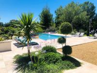 gite Arles Villa with 6 bedrooms in Eyragues with private pool enclosed garden and WiFi