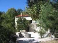 Gîte La Vacquerie et Saint Martin de Castries Gîte Spacious Villa situated in Lodève with Private Pool