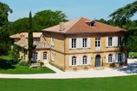 gite Lavit 7 Bedroom Luxury Chateau in Gascony