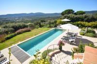 gite Saint Raphaël Grimaud Villa Sleeps 6 Pool Air Con WiFi