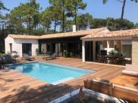 gite Charron Maison d'architecte de 2020 avec piscine chauffée