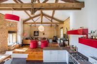 gite Montagnac sur Lède Lacapelle-Biron Villa Sleeps 14 Pool WiFi