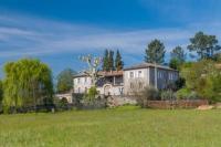 gite Thueyts Lalevade-d'Ardeche Villa Sleeps 16 Pool WiFi