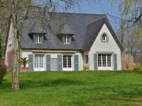 Gîte Côtes d'Armor Gîte Modern Villa in Lannion with Private Garden