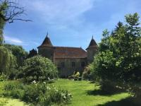 Gîte Franche Comté Gîte Château du 16eme siècle