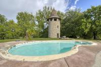 gite Eyrans Le Puy Villa Sleeps 2 with Pool and WiFi