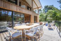 gite Lanton jolie villa en bois pour 10 pers.