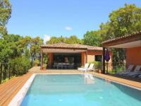 gite Saint Antonin du Var Spacious Villa in Le Plan-de-la-Tour with Pool