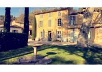 gite Eyguières Château Constantin