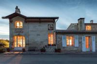 gite Saint Martin du Bois Maison - LA CLOCHETTE du Château de Carney avec Pool