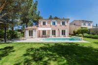 gite Lamanon Maeva Particuliers Résidence Pont Royal - Villa Prestige 4 Chambres avec Piscine (8 Personnes)