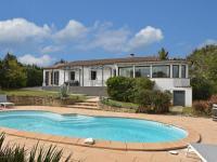 gite Villedubert Modern Villa in Malves-en-Minervois with Private Pool
