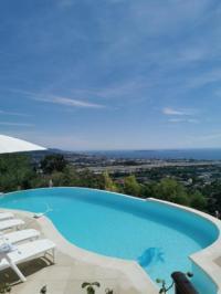 gite Saint Raphaël Villa avec vue exceptionnelle sur la baie de Cannes