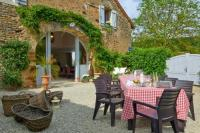gite Bussy le Grand Marigny-le-Cahouet Villa Sleeps 12 Pool WiFi