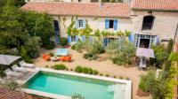 gite Istres Maussane-les-Alpilles Villa Sleeps 10 Pool Air Con