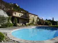 gite Mouriès Maussane-les-Alpilles Villa Sleeps 10 Pool WiFi