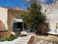 gite Auriol Charming villa in Meounes-les-Montrieux with private pool