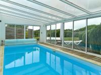 Cozy Villa in Moelan-sur-Mer with Pool-Serene