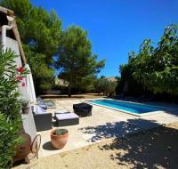 gite Châteaurenard Beautiful Villa Molleges South of France Provence Sleeps 13