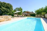gite Lolme Monsac Villa Sleeps 9 Pool Air Con WiFi