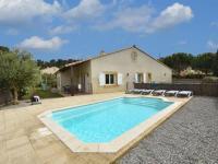 gite Montlaur Comfortable Villa with Jacuzzi in Montburn-des-Corbieres