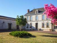 gite Belvès de Castillon Montpeyroux Villa Sleeps 10 Pool WiFi