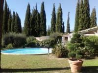 gite Arles Modern Villa in Nimes with Private Pool