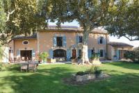 gite Cabannes Noves Villa Sleeps 8 Air Con WiFi