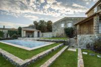 gite Forcalquier Oppedette Villa Sleeps 10 Pool WiFi