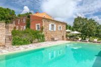 Villa Lagarde d'Apt Oppedette Villa Sleeps 11 with Pool and WiFi