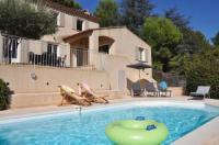 gite Graveson Villa entièrement climatisée avec piscine, vue magnifique