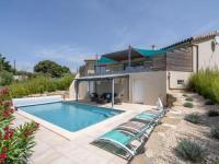 gite Siran Luxurious Villa near River in Cesseras