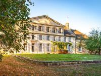 Gîte Champagne Ardenne Gîte Demeure d'exception à 10 min d'Epernay parc privatif de 2 hectares