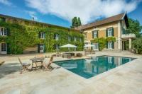 gite Agde Pinet Villa Sleeps 12 Pool Air Con WiFi