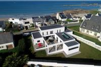 gite Cléder Villa Pool and Beach Bretagne