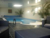 gite Roscanvel Porspoder Villa Sleeps 8 Pool