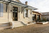 gite Sadirac Exceptionnelle Villa, Charme, design et piscine au Sud de Bordeaux
