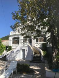 gite Tarerach Le Petit Chateau