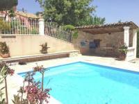 gite Mas Blanc des Alpilles French villa in Rochefort-du-Gard with private terarce